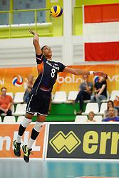 20170524 NED: 2018 FIVB Volleyball World Championship qualification, Koog aan de Zaan<br />Fabian Plak (8) of The Netherlands <br />©2017-FotoHoogendoorn.nl / Pim Waslander
