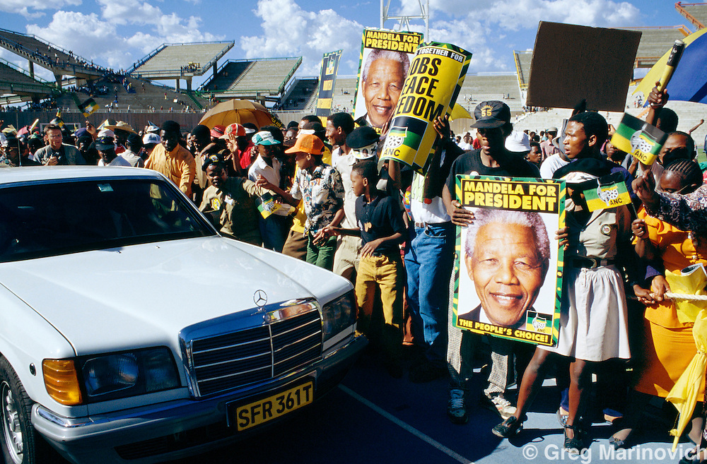 African National Congress supporters greet Nelson Mandela campaign tour, 1994