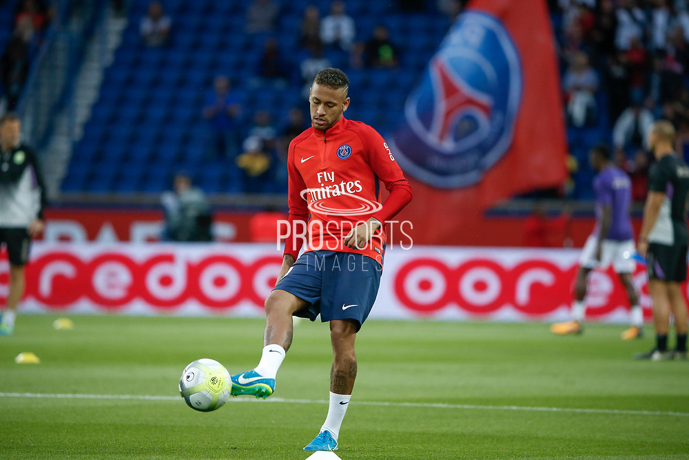 Neymar da Silva Santos Junior - Neymar Jr (PSG) at warm up during the French championship L1 football match between Paris Saint-Germain (PSG) and Toulouse Football Club, on August 20, 2017, at Parc des Princes, in Paris, France - Photo Stephane Allaman / ProSportsImages / DPPI