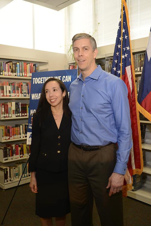 U.S. Education Secretary Arne Duncan visited HISD's Lee High School with Superintendent Terry Grier,  02/15/13.   .©Kim Christensen 2013