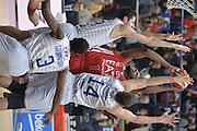 Milano 20 Dicembre  2015<br /> Serie A Lega Beko<br /> Olimpia EA7 Emporio Armani Milano vs Enel Brindisi<br /> Nella Foto Jamal McLean Tiro Olimpia EA7 Emporio Armani Milano<br /> Foto Ciamillo<br /> Provvisorio