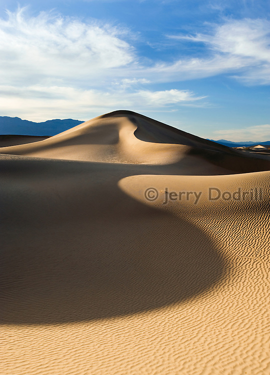 Mesquite Dunes near Stovepipe Wells in Death Valley National Park, California