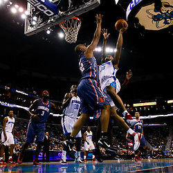 12-01-2010 Charlotte Bobcats at New Orleans Hornets