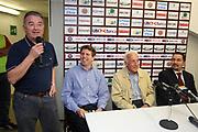 DESCRIZIONE : Varese Lega A1 2006-07 Whirlpool Varese Tisettanta Cantu<br /> GIOCATORE : Galleani Gamba<br /> SQUADRA : Whirlpool Varese<br /> EVENTO : Campionato Lega A1 2006-2007<br /> GARA : Whirlpool Varese Tisettanta Cantu<br /> DATA : 28/04/2007<br /> CATEGORIA : Curiosita<br /> SPORT : Pallacanestro<br /> AUTORE : Agenzia Ciamillo-Castoria/S.Ceretti