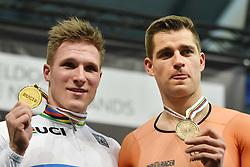 04-03-2018 BAANWIELRENNEN: UCI WK BAANWIELRENNEN: APELDOORN<br /> Jeffrey Hooland (NED) goud en Theo Bos brons op de mens 1km time trail<br /> <br /> Foto: Margarita Bouma
