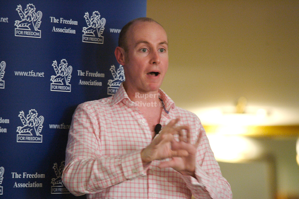 Daniel Hannan at the Brighton Tea Party<br /> <br /> Mr Hannan talks at the The Tea Party  I In Brighton. The Movement which has started  in the USA has demonstrated the huge scale of public opposition to excessive taxation. In the UK, tax is much higher and, in addition, British membership of the democratically unaccountable EU raises the issue of &quot;no taxation without representation&quot;.