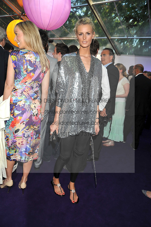 JACQUETTA WHEELER at the 2009 Glamour Magazine Awards held in Berkeley Square, London on 2nd June 2009.