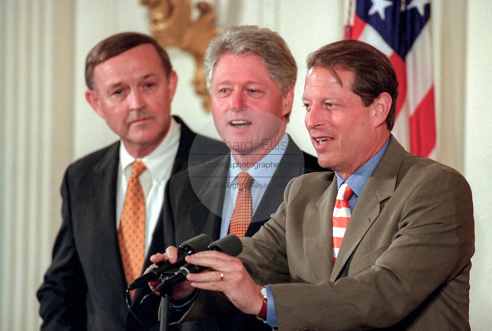 US President Bill Clinton and Vice President Al Gore at a White House event August 17, 1999 in Washington, DC.