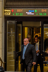 June 12, 2017 - New York, New York, United States - Secretary Ben Carson leaves the New York Stock Exchange - Community Voices Heard (CVH) protested outside of the New York Stock Exchange on June 12,2017; in hopes that Secretary Ben Carson meet with the organizations that are affected by the HUD cut proposal. (Credit Image: © Erik Mcgregor/Pacific Press via ZUMA Wire)