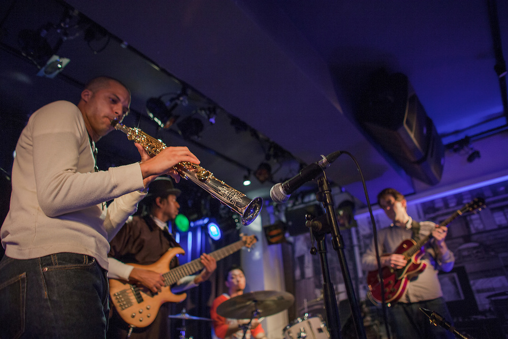 """Michale Robets  on Sax  with other musicians  at a typiacal smal Tokyo   Jazz club """"Absolute Blue"""" ."""