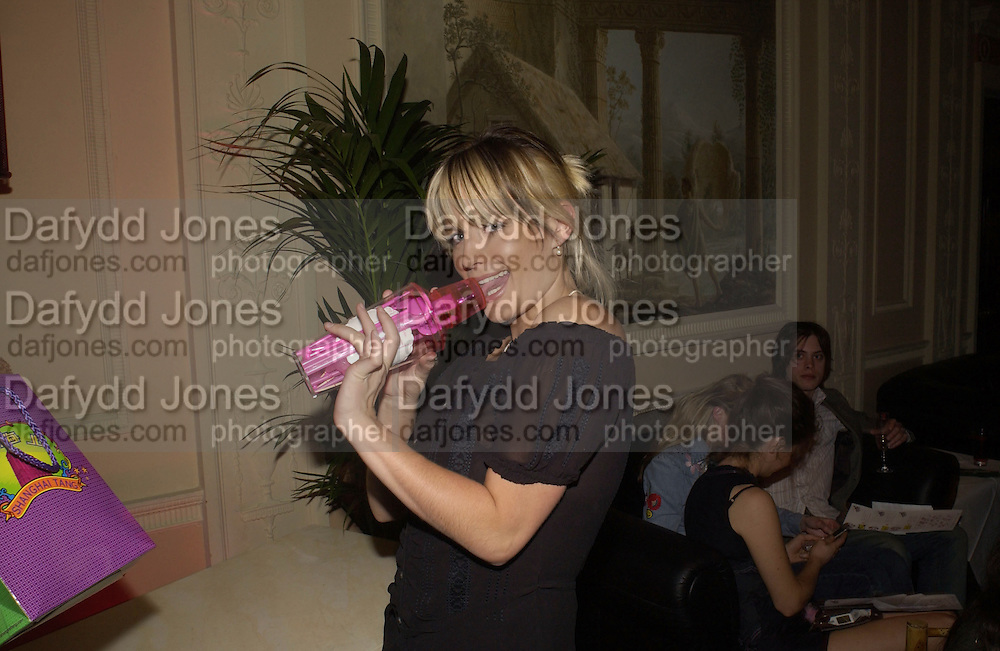 Davina Taylor. Celebrity Bingo at launch of  www.archers.com. Home House. 16 May 2002. © Copyright Photograph by Dafydd Jones 66 Stockwell Park Rd. London SW9 0DA Tel 020 7733 0108 www.dafjones.com