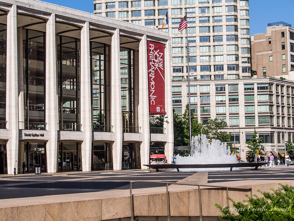 David Geffen Hall and fountain at Lincoln Center