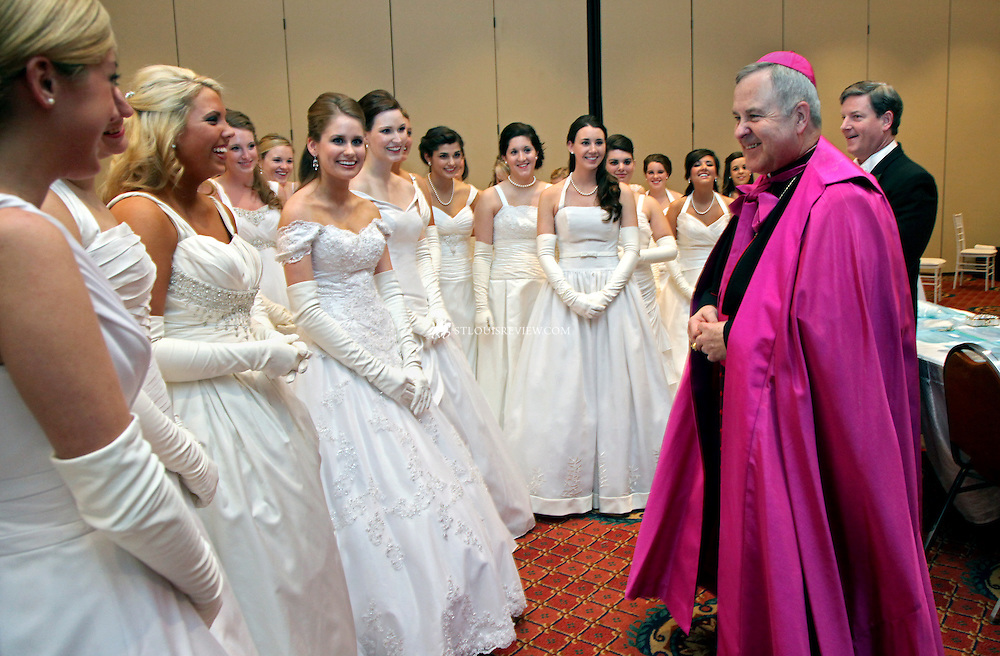 Archbishop Robert Carlson met with honorees before the Ball.