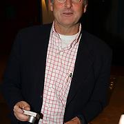 NLD/Bussum/20040216 - Harpengala 2005, Bert van Aalten, de zingende tandarts