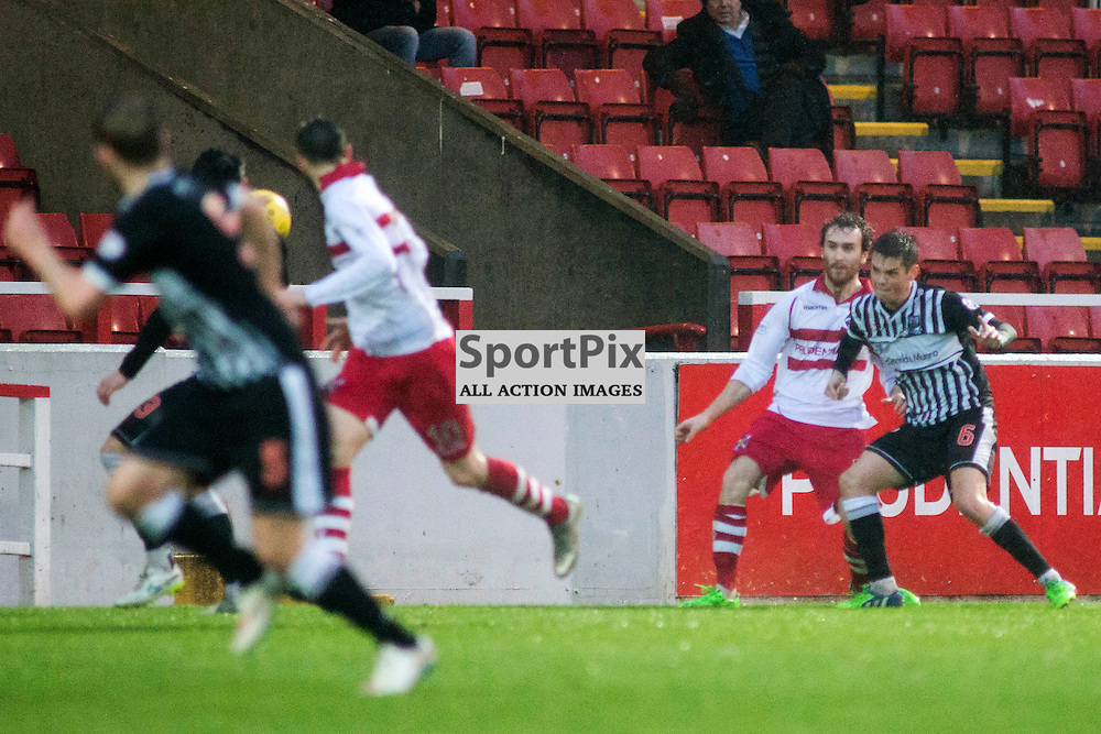 A sneaky elbiy in the Stirling Albion v Elgin City Forthbank 05 December 2015<br /><br />(c) Russell G Sneddon / SportPix.org.uk