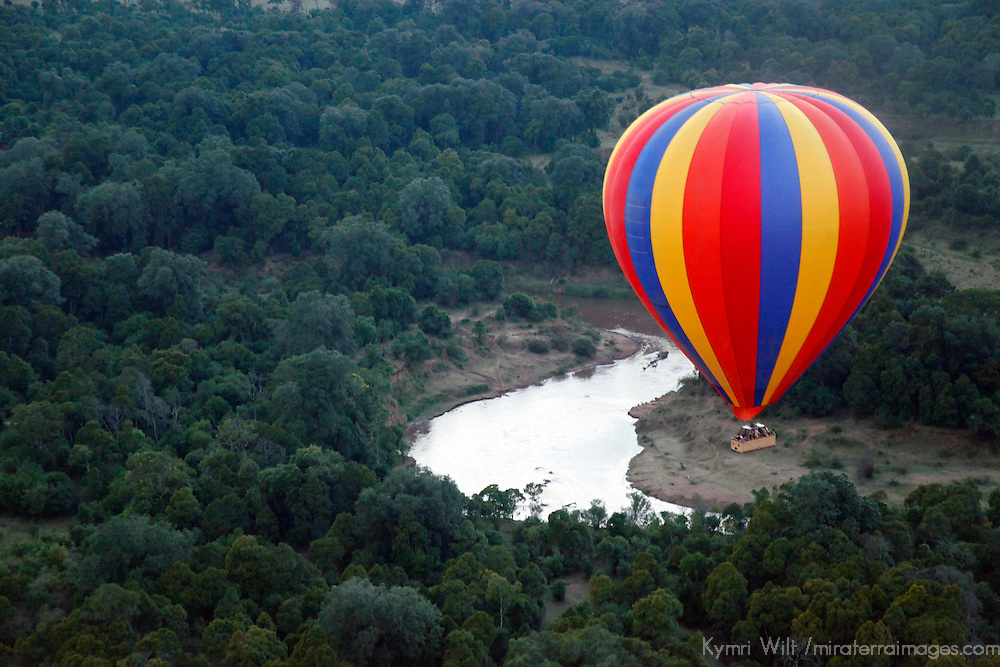 Africa, Kenya, Maasai Mara. Hot-Air Ballooning over the Mara River.