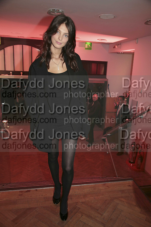 Daria Werbowy, 6th Annual Lancªme Colour Designs Awards In association with CLIC Sargent Cancer Care.  Lindley Hall, Vincent Sq. London. 28 November 2006.  ONE TIME USE ONLY - DO NOT ARCHIVE  © Copyright Photograph by Dafydd Jones 248 Clapham Rd. London SW9 0PZ Tel 020 7733 0108 www.dafjones.com