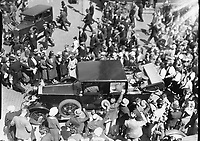 Italian Air Armada at Derry, crowd Scenes.<br /> 03 July 1933. <br /> (Part of the Independent Newspapers Ireland/NLI Collection)