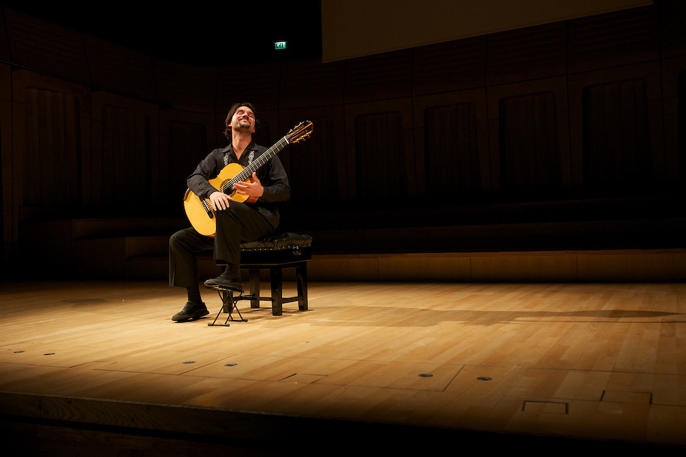 Morgan Szymanski, one of the most promising classical guitar players of our times, playing in the beautiful Dora Stoutzker Hall @the Royal Welsh College of Music and Drama in Cardiff, UK.