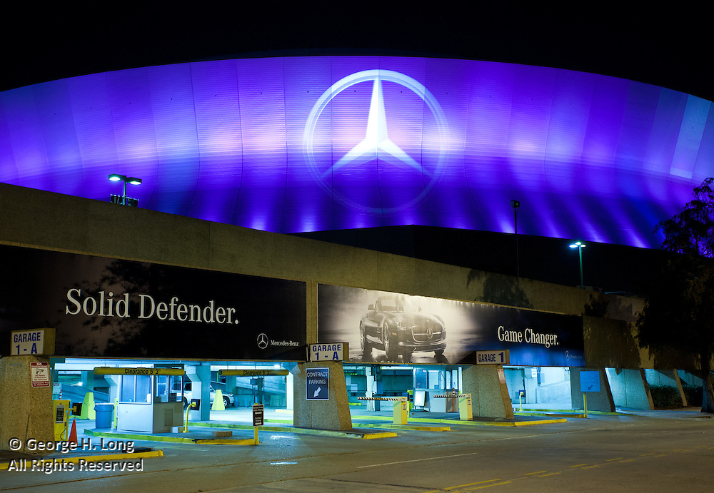 Mercedes-Benz Superdome exterior at night