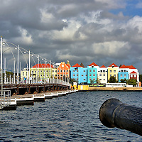 Introduction to Capital City of Willemstad, Curaçao <br />