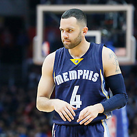 12 April 2016: Memphis Grizzlies guard Jordan Farmar (4) rests during the Los Angeles Clippers 110-84 victory over the Memphis Grizzlies, at the Staples Center, Los Angeles, California, USA.