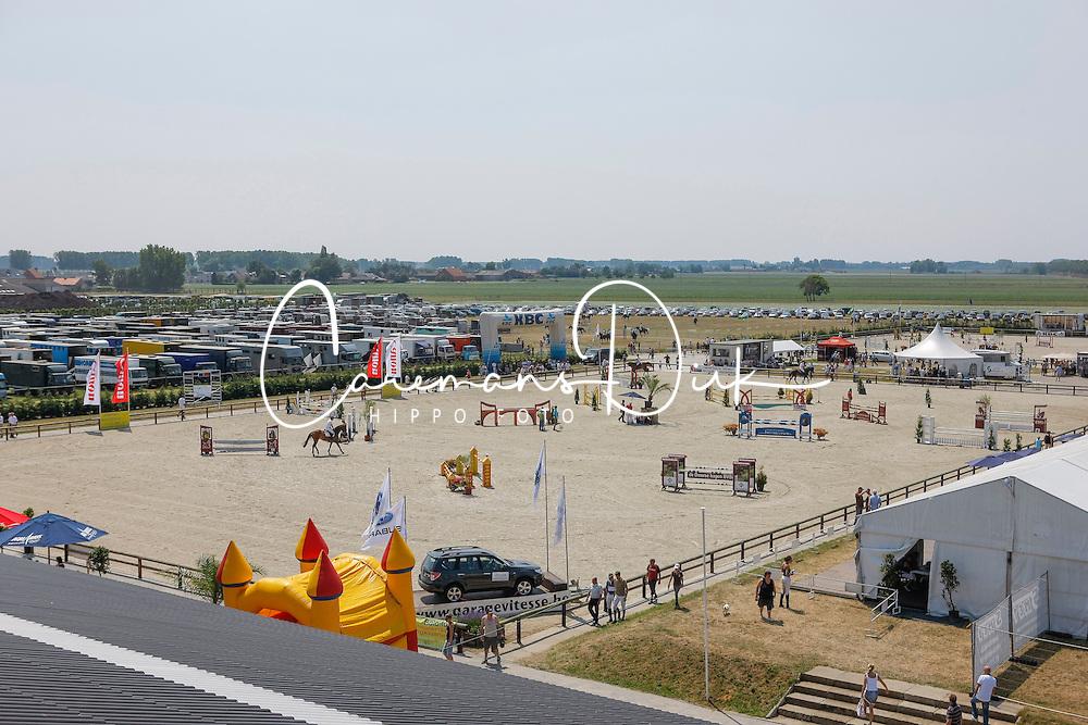 Overview<br /> Nationaal Kampioenschap Jonge Paarden<br /> Stal Hulsterlo - Meerdonk 2010<br /> &copy; Dirk Caremans