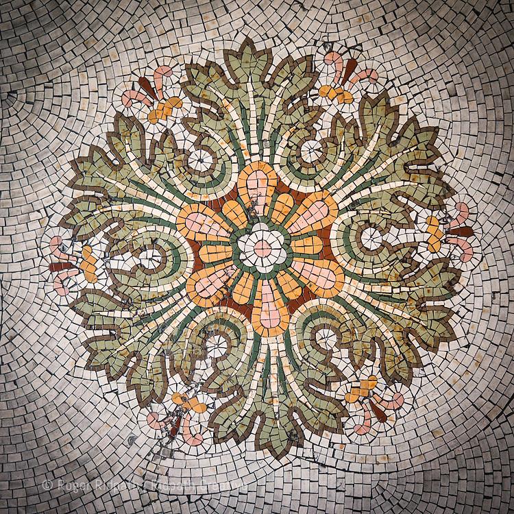 teatro colón tile floor detail
