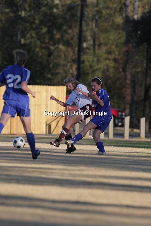 2 December 2008: St. Thomas Aquinas  Elizabeth Gambel (#21) during the St. Thomas Lady Falcons 5-2 loss to Country Day in a non-district soccer match at Falcons Soccer Field in Hammond, LA.
