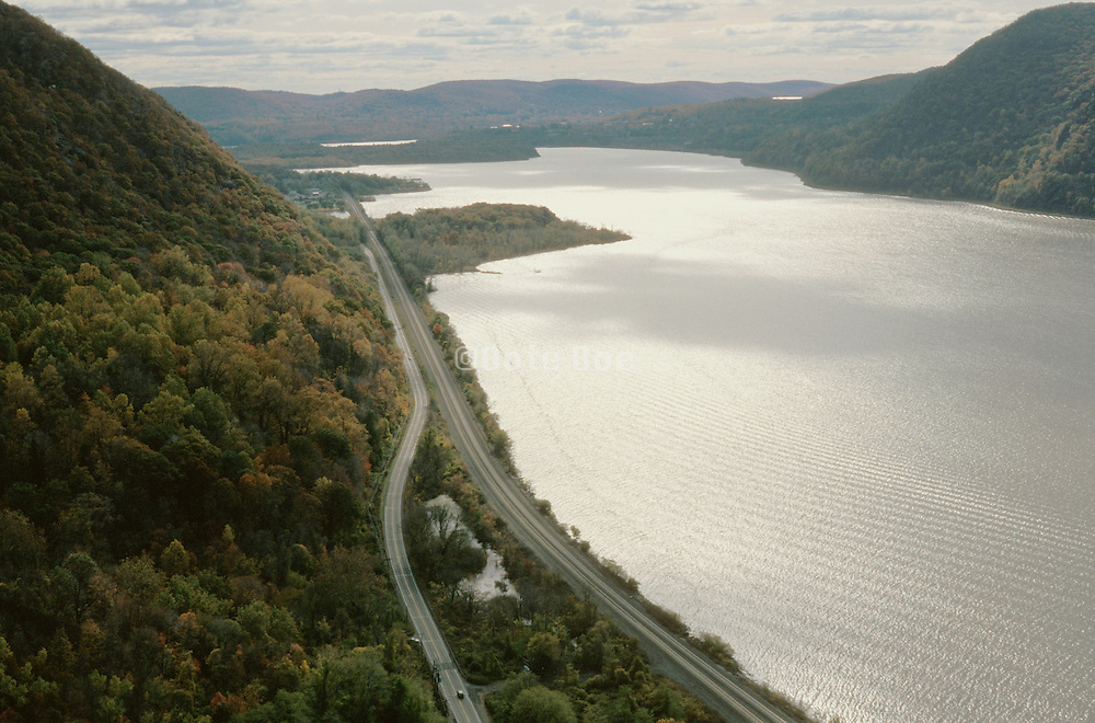 Landscape of woods and mountains along the Hudson River