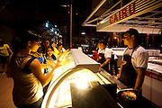 Belem_PA, Brasil..Na foto sorveteria na Estacao das Docas em Belem, Para...In the photo ice cream shop at Estacao das Docas in Belem, Para...Foto: JOAO MARCOS ROSA / NITRO