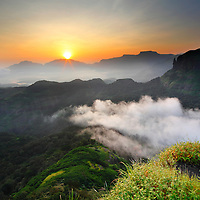 Beautiful Sunrise, Breathtaking Views from Sahyadri Mountain Ranges, North Western Ghats, Maharashtra, India. I had done Many photo expeditions in Sahyadri mountains to docuement the beauty of Sahyadri, the very scenic part of northan western ghats in India.