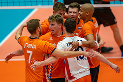 12-06-2019 NED: Golden League Netherlands - Estonia, Hoogeveen<br /> Fifth match poule B - The Netherlands win 3-0 from Estonia in the series of the group stage in the Golden European League / Gijs van Solkema #15 of Netherlands, Michael Parkinson #17 of Netherlands, Nimir Abdelaziz #14 of Netherlands