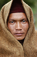 Nepal. Honey hunter from Gurung ethnic group. Central Nepal