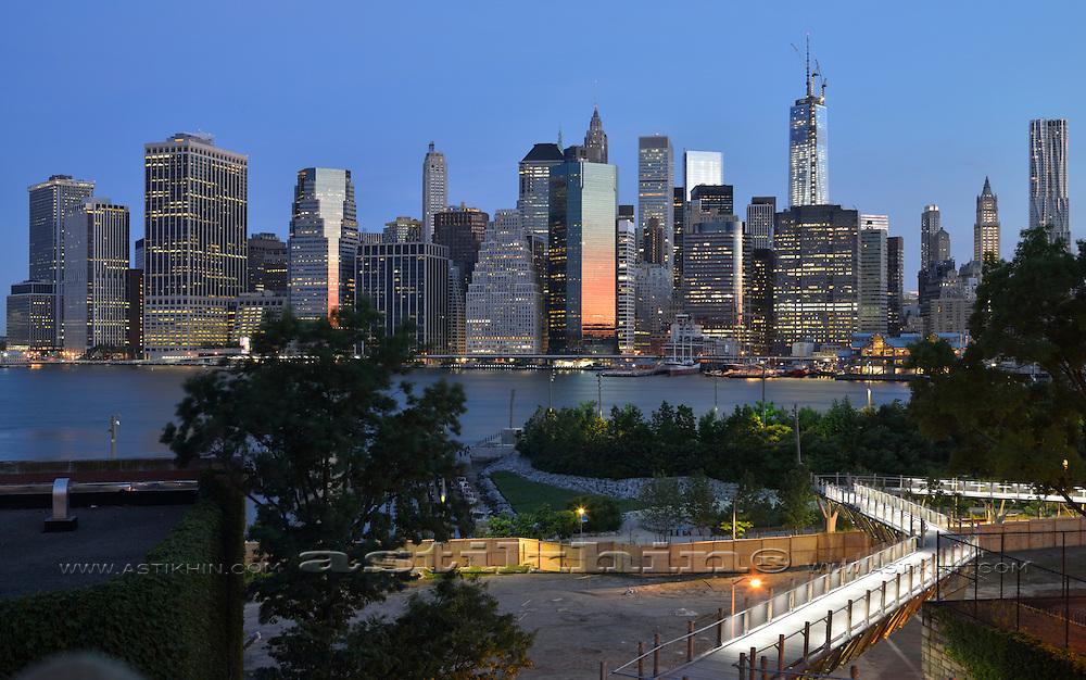 Pedestrian Bridge from Brooklyn Heights Promenade to Brooklyn Bridge Park.