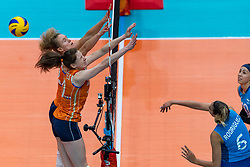 03-10-2018 NED: World Championship Volleyball Women day 5, Yokohama<br /> Argentina - Netherlands 0-3 / Nicole Koolhaas #22 of Netherlands, Lonneke Sloetjes #10 of Netherlands