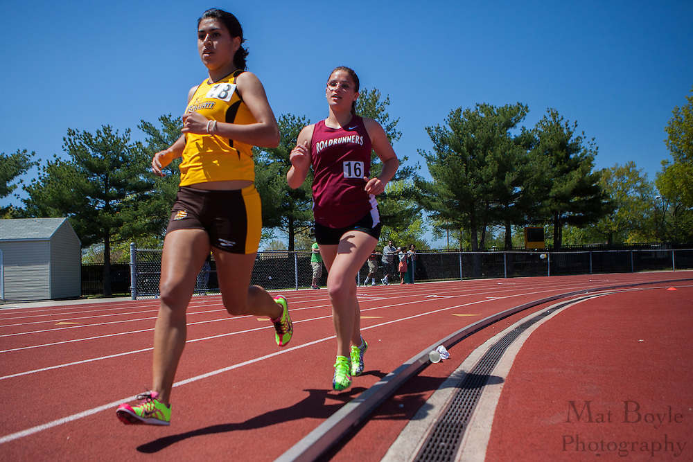 Rowan University's Brenda Mendez competes in the women's 5000 meter at the NJAC Track and Field Championships at Richard Wacker Stadium on the campus of  Rowan University  in Glassboro, NJ on Sunday May 5, 2013. (photo / Mat Boyle)