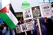 Mainz | 18 July 2014<br /> <br /> Am Samstag (18.07.2014) nahmen etwa 1000 M&auml;nner, Frauen und Kinder in der Innenstadt von Mainz anl&auml;sslich der milit&auml;rischen Auseinandersetzung zwischen Israel und der Hamas in Gaza an einer Solidarit&auml;tsdemonstration f&uuml;r Gaza, ein freies Pal&auml;stina und gegen Israel teil. Bei der Demo wurden Fahnen der Hamas und der Hisbollah mitgef&uuml;hrt, neben den &uuml;blichen Parolen gegen Israel wurde in Sprechch&ouml;hren auch vereinzelt zur Vernichtung von J&uuml;dinnen und Juden aufgerufen.<br /> Hier: Pal&auml;stinensische Fahne und Transparente.<br /> <br /> <br /> &copy;peter-juelich.com<br /> <br /> [No Model Release | No Property Release]