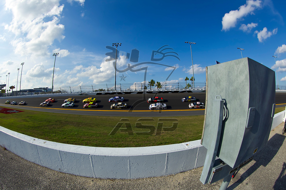 Daytona Beach, FL - Feb 23, 2012:  The NASCAR Sprint Cup teams take to the track for the Gatorade Duel 2 race at the Daytona International Speedway in Daytona Beach, FL.