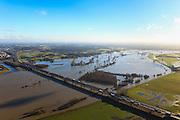 Nederland, Overijssel, Deventer, 20-01-2011. IJsselbrug in de A1 over de IJssel bij hoogwater, direct ten zuiden van Deventer.The IJssel bridge (Motorway A1) near Deventer. .luchtfoto (toeslag), aerial photo (additional fee required).copyright foto/photo Siebe Swart