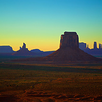 The amazing sunset colored sky in Monument Valley