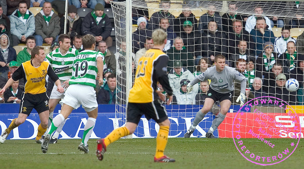 Artur Boruc  in action today against Livingston