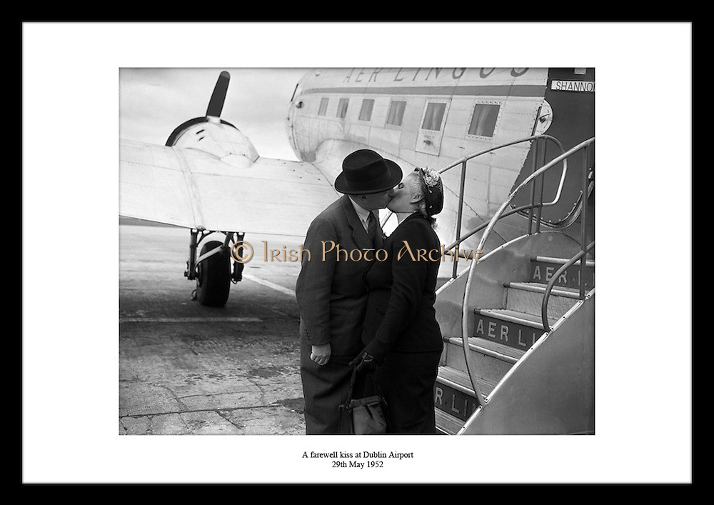 At Irish Photo Archive you can find the perfect creative gift for wifes in your life. Select your favorite  Irish Historical Pictures prints, from thousands of photos of Ireland, available from Irish Photo Archive. Thinking of present ideas can be difficult especially when choosing gifts for women.