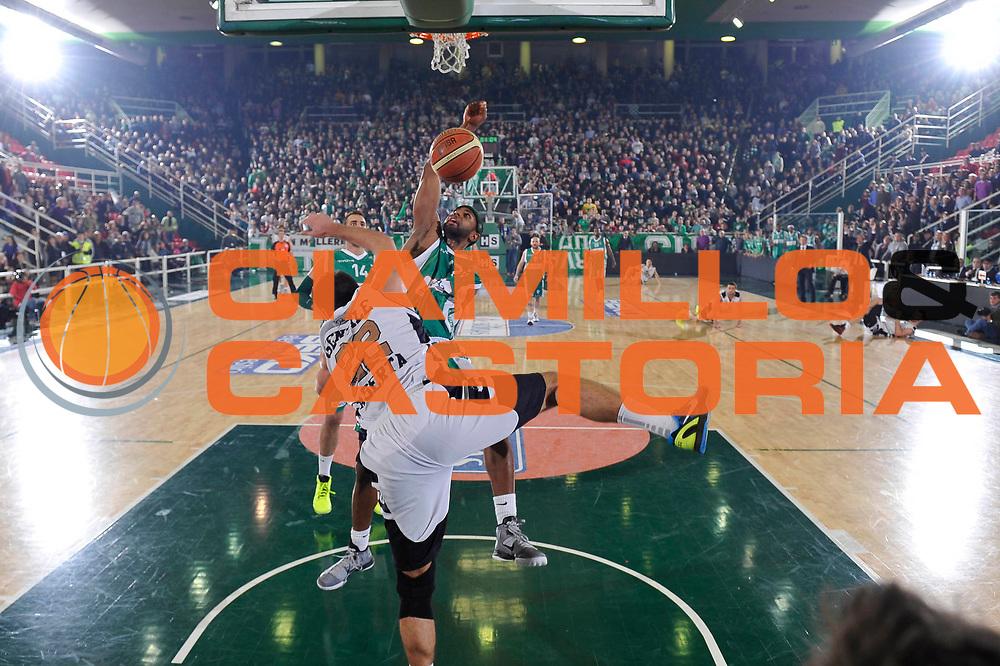 DESCRIZIONE : Avellino Lega A 2012-13 Sidigas Avellino Juve Caserta<br /> GIOCATORE : Shakur Mustafa<br /> CATEGORIA : special<br /> SQUADRA : Sidigas Avellino<br /> EVENTO : Campionato Lega A 2012-2013 <br /> GARA : Sidigas Avellino Juve Caserta<br /> DATA : 30/12/2012<br /> SPORT : Pallacanestro <br /> AUTORE : Agenzia Ciamillo-Castoria/GiulioCiamillo<br /> Galleria : Lega Basket A 2012-2013  <br /> Fotonotizia : Avellino Lega A 2012-13 Sidigas Avellino Juve Caserta<br /> Predefinita :