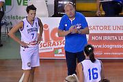 Andrea Capobianco, Giorgia Sottana<br /> Nazionale Italiana Femminile Senior - Rappresentativa Straniere<br /> LegA Basket Femminile 2016/2017<br /> Lucca, 04/10/2016<br /> Foto Ciamillo-Castoria