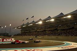 Motorsports / Formula 1: World Championship 2010, GP of Abu Dhabi, 08 Fernando Alonso (ESP, Scuderia Ferrari Marlboro), 12 Vitaly Petrov (RUS, Renault F1 Team),
