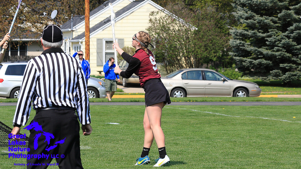 2016 De Pere Girls Lacrosse Team at May 7 2016 Neenah Invitational
