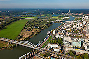 Nederland, Gelderland, Arnhem, 03-10-2010; Airborneplein naar John Frostbrug over Nederrijn, rechts Eusebiusbinnensingel en Prinsenhof, daar achter gebouw Provincie Gelderland. Eusebiuskerk in de stijgers..Inner city with John Frost bridge Lower Rhine.luchtfoto (toeslag), aerial photo (additional fee required).foto/photo Siebe Swart