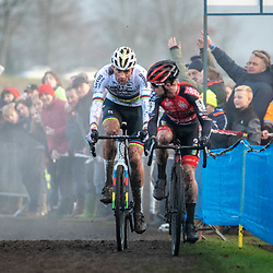 2019-12-27 Cycling: dvv verzekeringen trofee: Loenhout: It's just about to happen, Mathieu van der Poel caught Eli Iserbyt