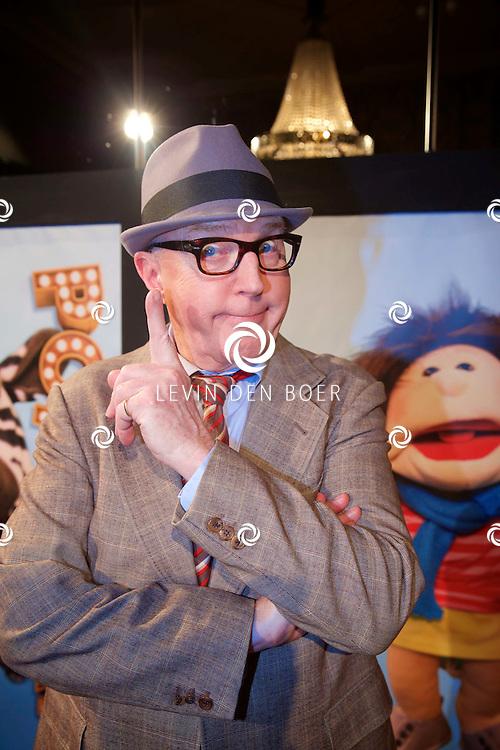 AMSTERDAM - SBS6 Presenteerde hun nieuwste programma 'Popster'. Met hier op de foto  André van Duin. FOTO LEVIN DEN BOER - KWALITEITFOTO.NL